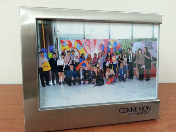 Group Photo Connexion Nexus Frame