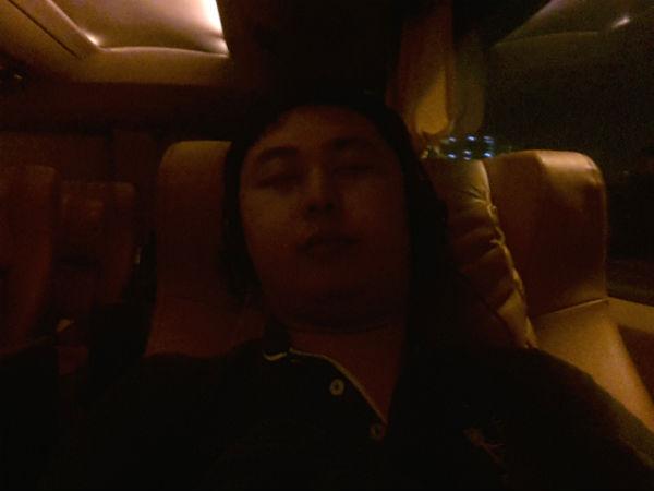 Jeffery Lam inside Aeroline sleeping