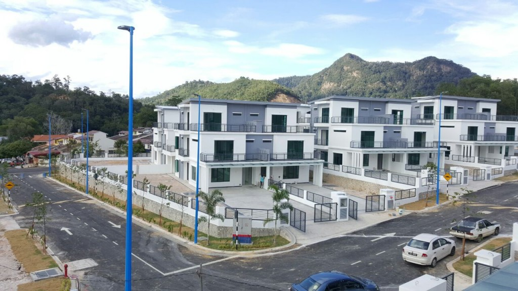 hartamas-villa-at-tamn-bukit-bentong-01